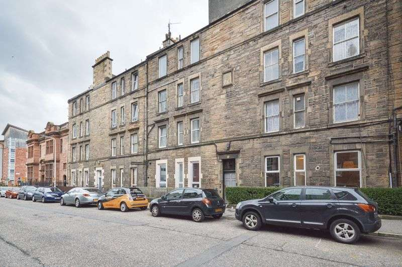1 Bedroom Flat for sale in 60/3 Albion Road, Easter Road, Edinburgh, EH7 5QZ