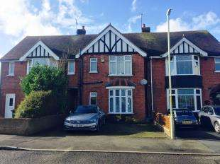 3 Bedrooms Terraced House for sale in William Road, Ashford, Kent