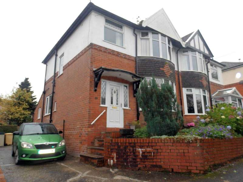 3 Bedrooms Semi Detached House for sale in Bryn Lea Terrace, Barrow Bridge