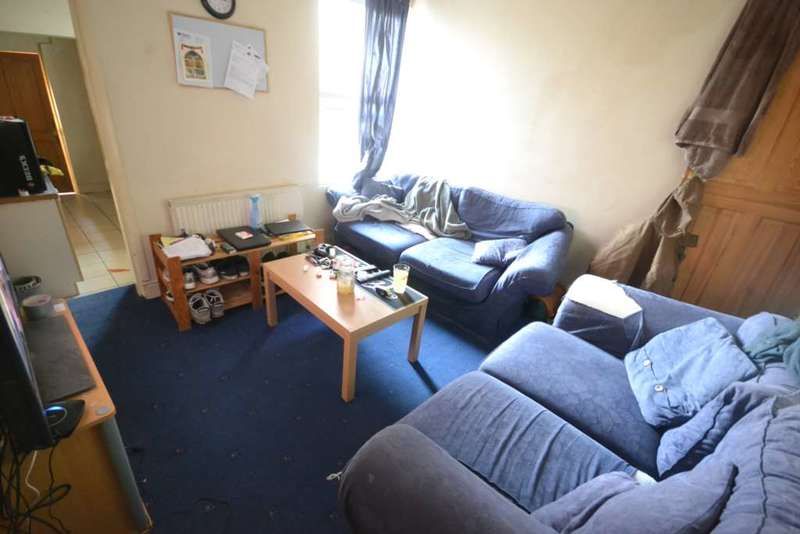 4 Bedrooms Terraced House for rent in Millman Road, Reading
