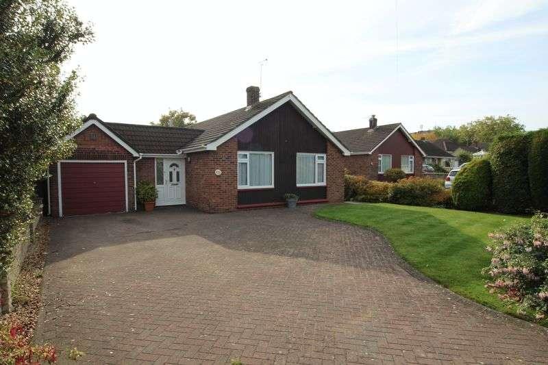 3 Bedrooms Detached Bungalow for sale in Heathfield Road, Nailsea