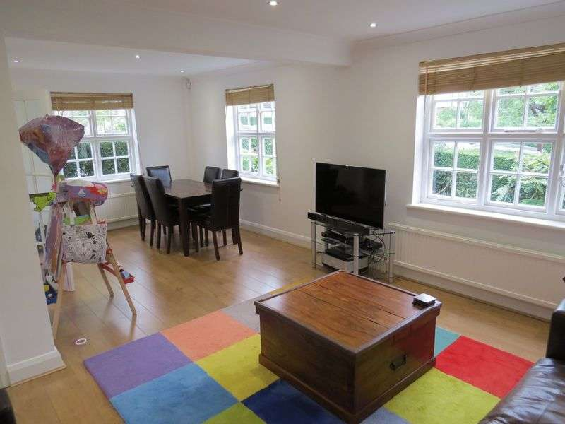 3 Bedrooms Semi Detached House for sale in Brookland Hill, Hampstead Garden Suburb