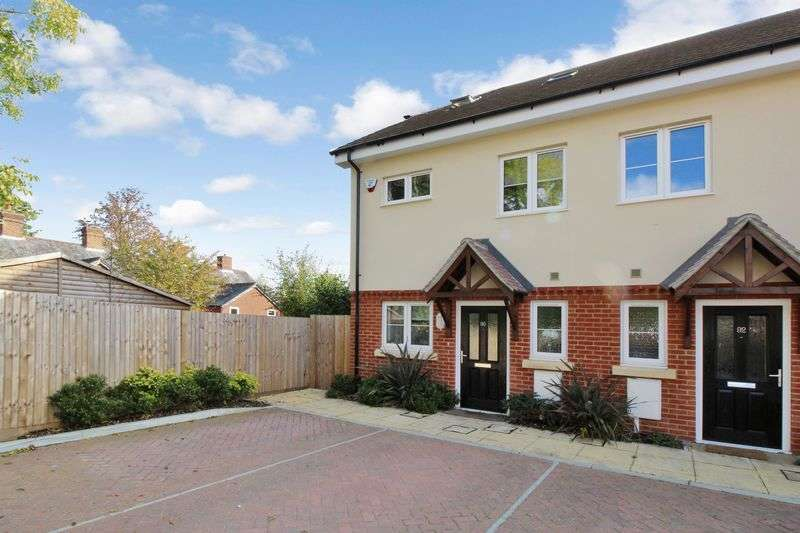 4 Bedrooms Terraced House for sale in West Street, Crawley