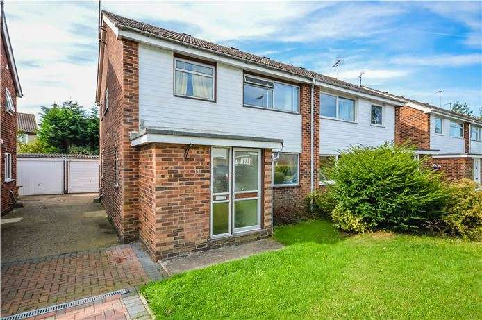 3 Bedrooms Semi Detached House for sale in Brownlow Road, Cambridge