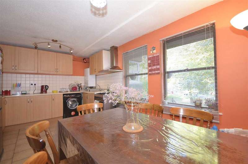 2 Bedrooms Apartment Flat for sale in Weld Place, London