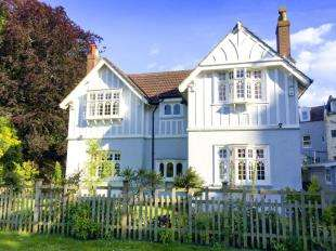3 Bedrooms Detached House for sale in Braybrooke Terrace, Hastings, East Sussex