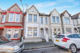 3 Bedrooms Terraced House for sale in Windsor Road, Gillingham, Kent, .