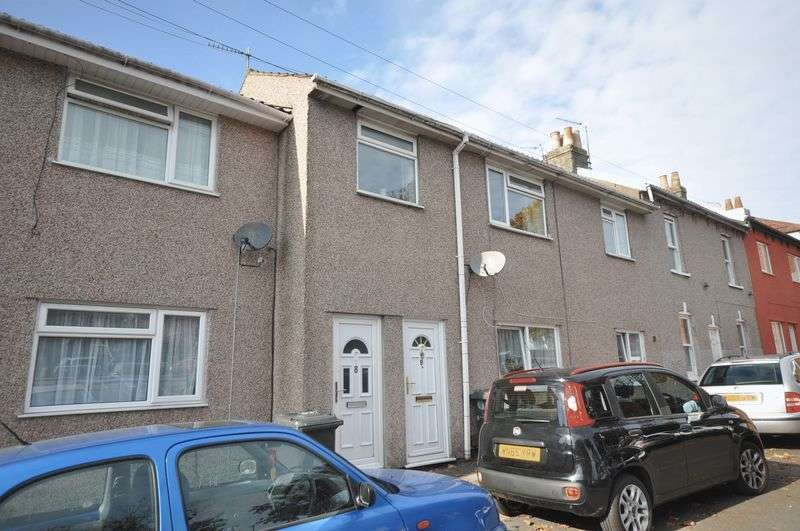 2 Bedrooms Flat for sale in Kendall Road, Staple Hill