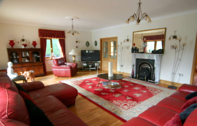 5 Bedrooms House for sale in Llanrhidian, SA3 1EE
