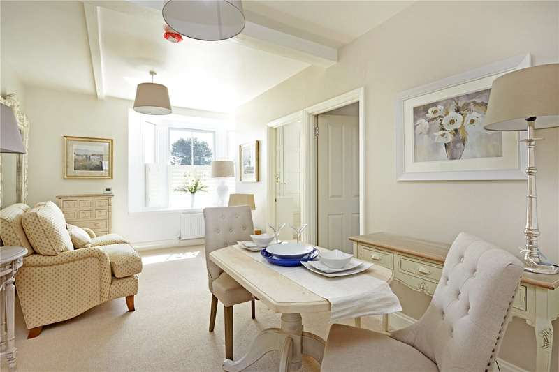 2 Bedrooms Flat for sale in High Street, Sevenoaks, Kent, TN13