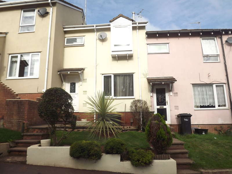3 Bedrooms Terraced House for sale in Fowey Avenue, Shiphay, Torquay
