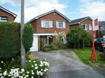 4 Bedrooms Detached House for sale in The Old Orchard, Antrobus, Northwich, Cheshire