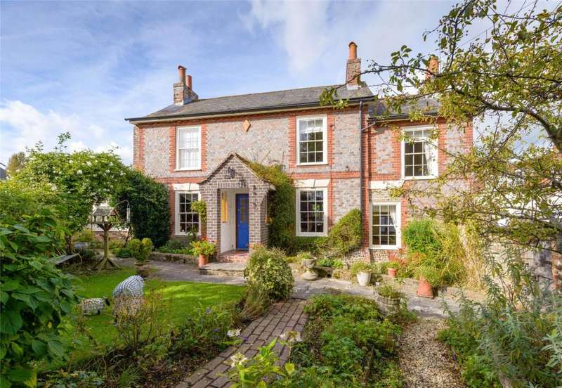 3 Bedrooms Detached House for sale in The Street, Walberton, Arundel, West Sussex, BN18