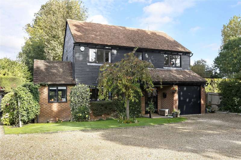 4 Bedrooms Detached House for sale in Coldmoorholme Lane, Bourne End, Buckinghamshire, SL8