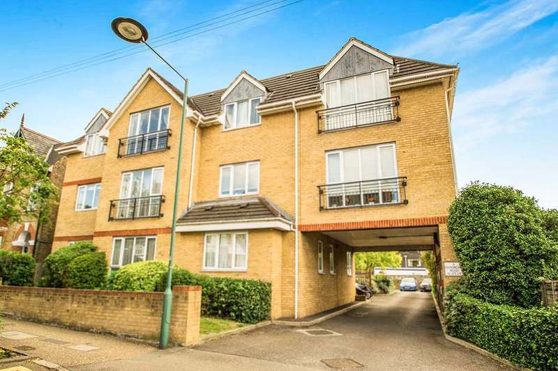 2 Bedrooms Flat for sale in Manorgate Road, Kingston Upon Thames, KT2