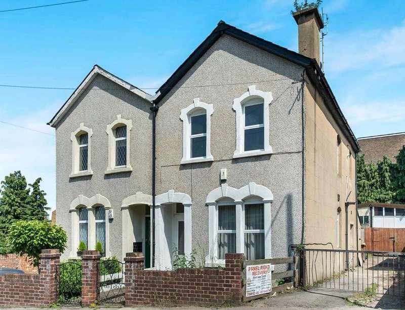 3 Bedrooms Semi Detached House for sale in Heron Hill, Belvedere, DA17
