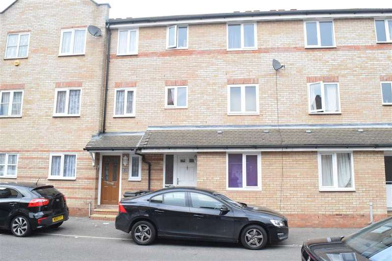 5 Bedrooms House for sale in Rookes Crescent, Chelmsford