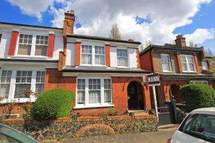 4 Bedrooms End Of Terrace House for sale in Kingsthorpe Road, Sydenham, London