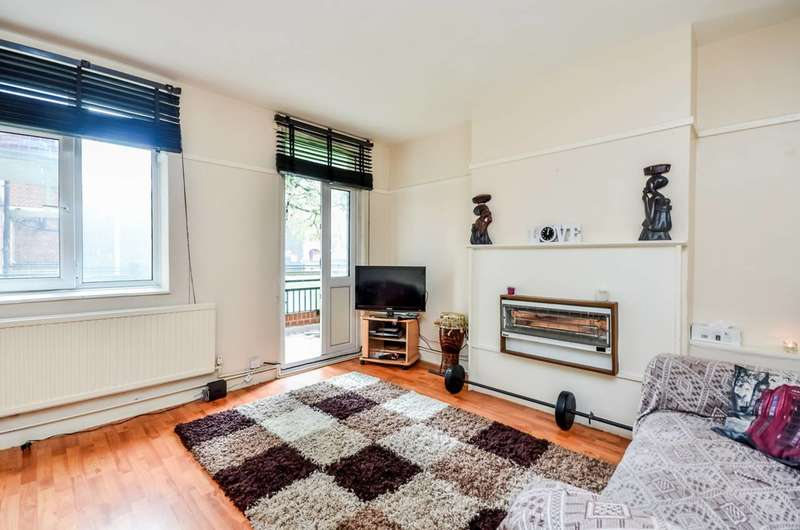 Studio Flat for sale in Comber Grove, Camberwell, SE5