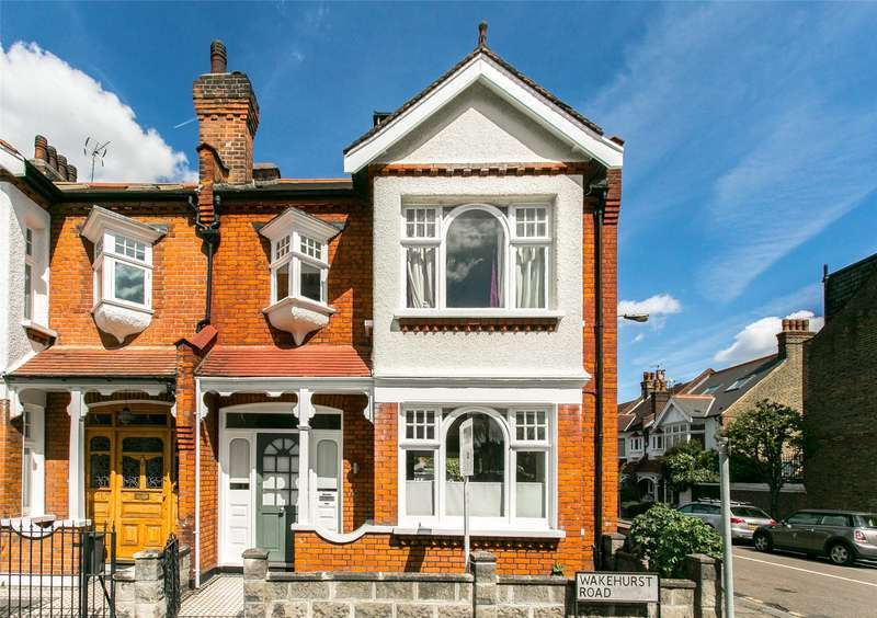 4 Bedrooms Semi Detached House for sale in Wakehurst Road, London, SW11
