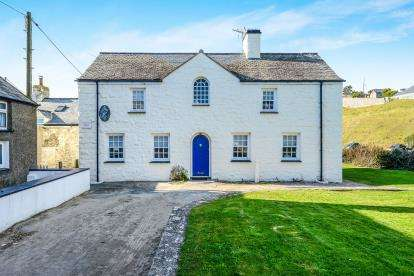 3 Bedrooms Detached House for sale in Aberdaron, Gwynedd, LL53