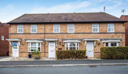 3 Bedrooms Terraced House for sale in Hill View, Stratford-Upon-Avon, Stratford Upon Avon, Warwickshire
