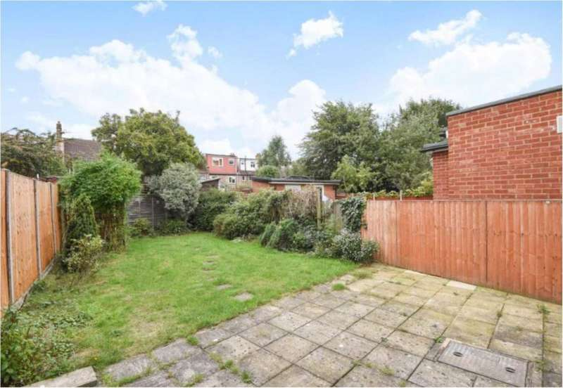 4 Bedrooms Terraced House for sale in Ewart Grove, Wood Green