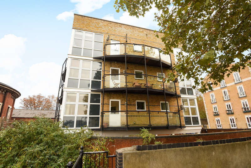 2 Bedrooms Flat for sale in Octagon Court, Rotherhithe