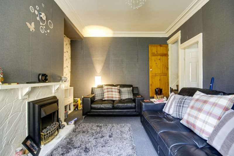 2 Bedrooms Terraced House for sale in Bowling Old Lane, Bradford, West Yorkshire, BD5