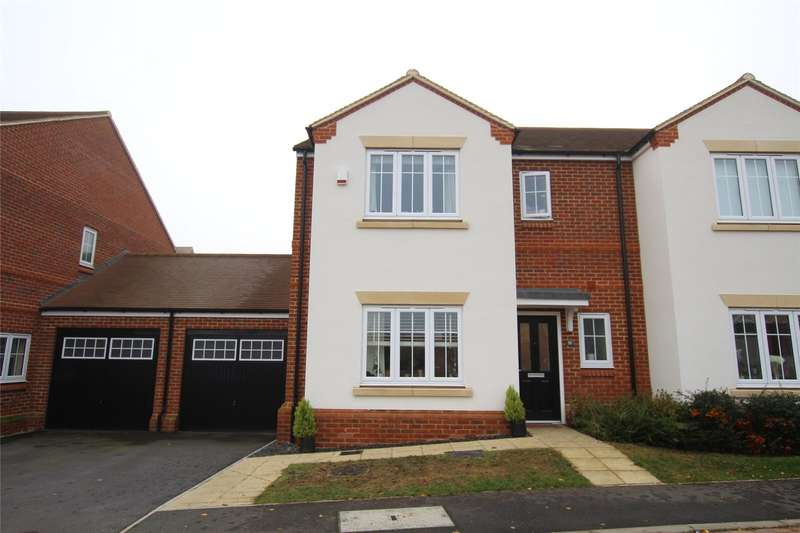 3 Bedrooms Semi Detached House for sale in Mortimer Crescent, Kings Park, St. Albans, Hertfordshire, AL3