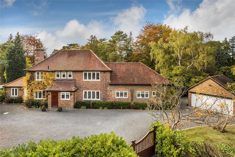 4 Bedrooms Detached House for sale in Holly Bank Road, Hook Heath, Woking, Surrey, GU22