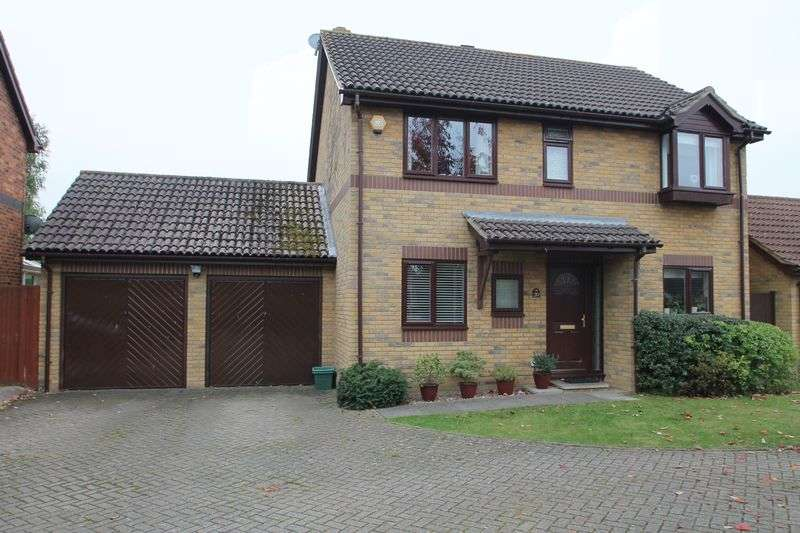 4 Bedrooms Property for sale in Linnet Avenue, Paddock Wood