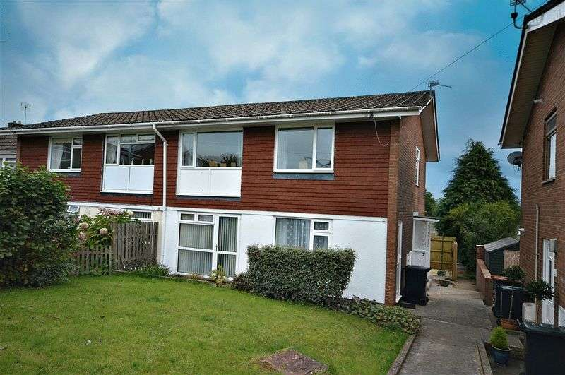 2 Bedrooms Flat for sale in Northfield Road, Newport