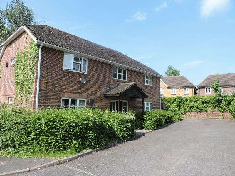 1 Bedroom Flat for sale in Longacre Rise, Chineham, Basingstoke