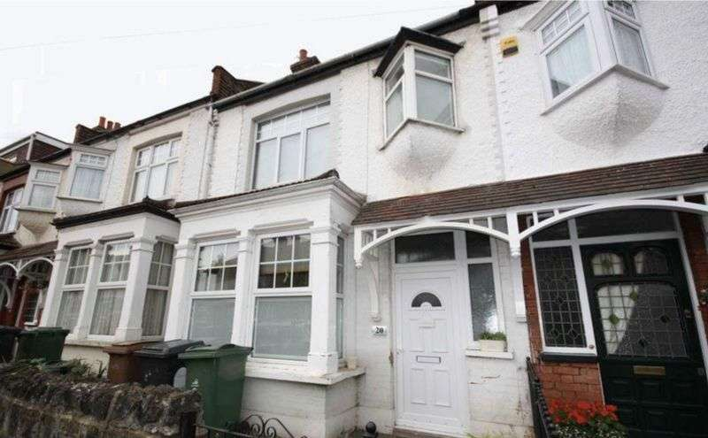 2 Bedrooms Terraced House for sale in Spacious two bedroom house
