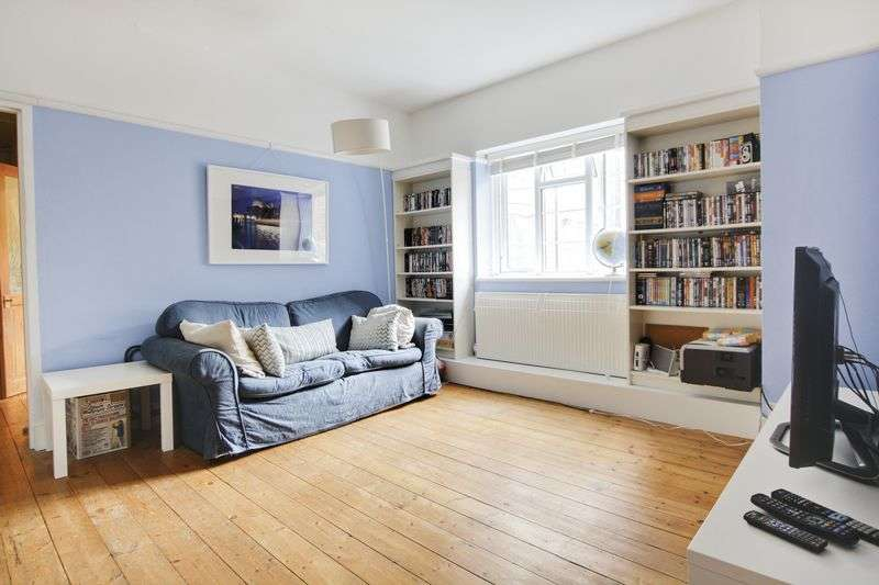 1 Bedroom Flat for sale in Blackheath Hill, Greenwich, SE10