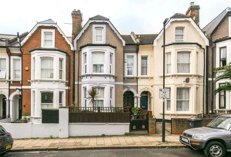 3 Bedrooms Flat for sale in Romola Road, London, SE24