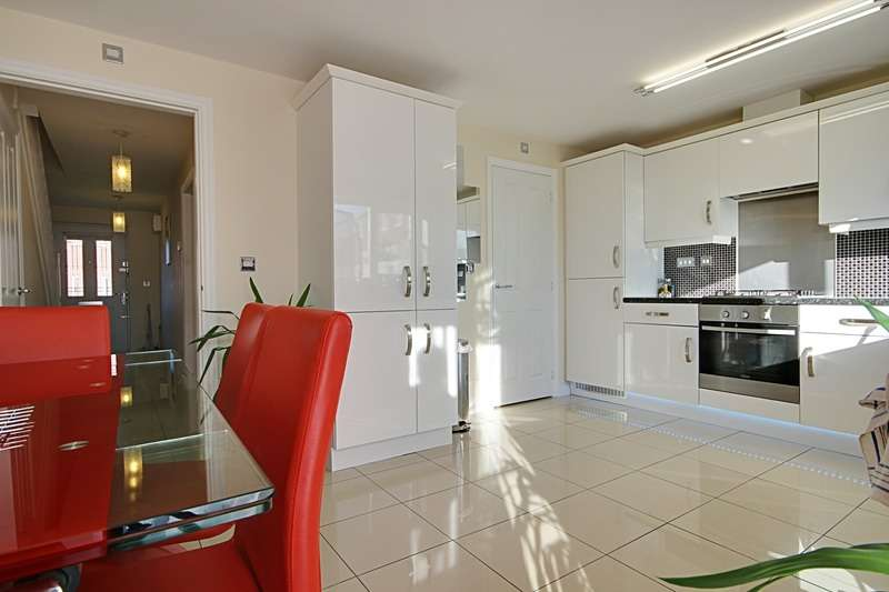 4 Bedrooms Detached House for sale in Locke Drive, Sheffield, South Yorkshire, S9