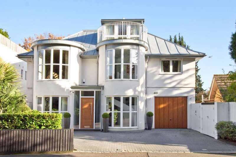4 Bedrooms Detached House for sale in Withdean Road, Brighton, East Sussex, BN1