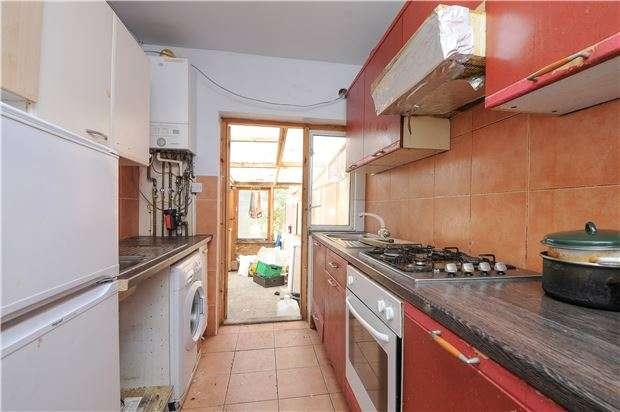4 Bedrooms Terraced House for sale in Braeside Road, LONDON, SW16
