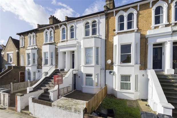 1 Bedroom Maisonette Flat for sale in Mosslea Road, Penge