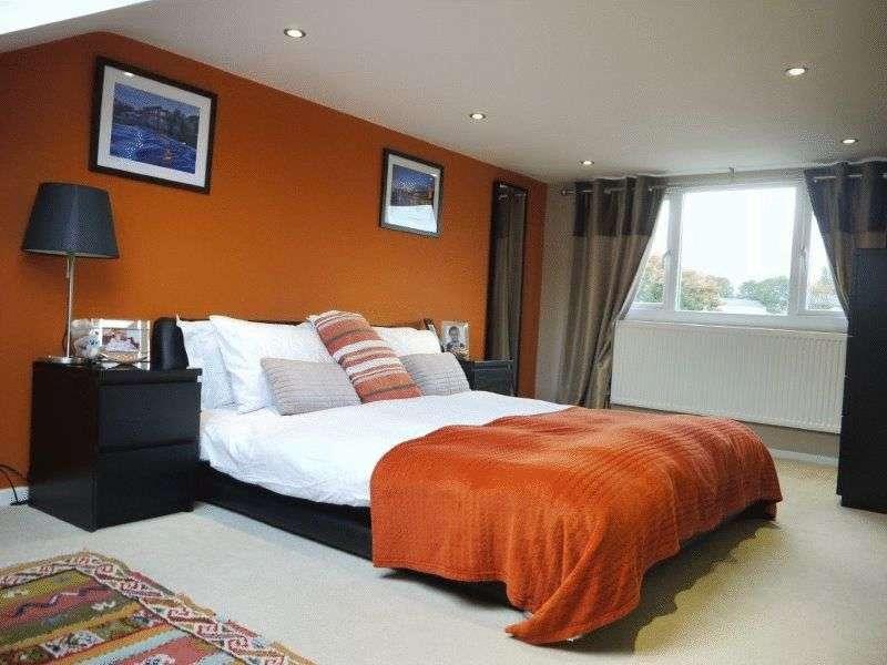 3 Bedrooms Semi Detached House for sale in Redwood Close, Idle, Bradford BD10 9EG