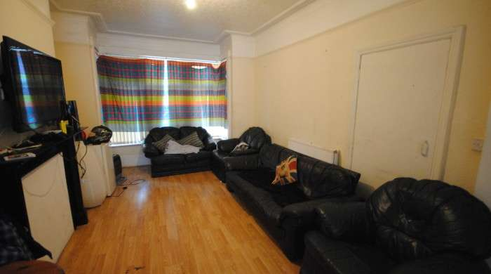 7 Bedrooms Terraced House for rent in Headingley Mount, Headingley, LS6