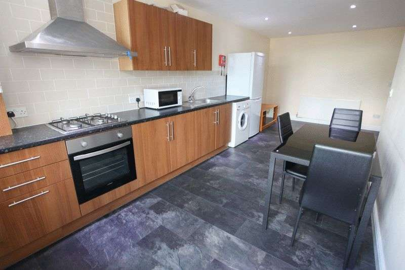 3 Bedrooms Property for rent in Stafford Street, Liverpool (2017-18 Academic Year)