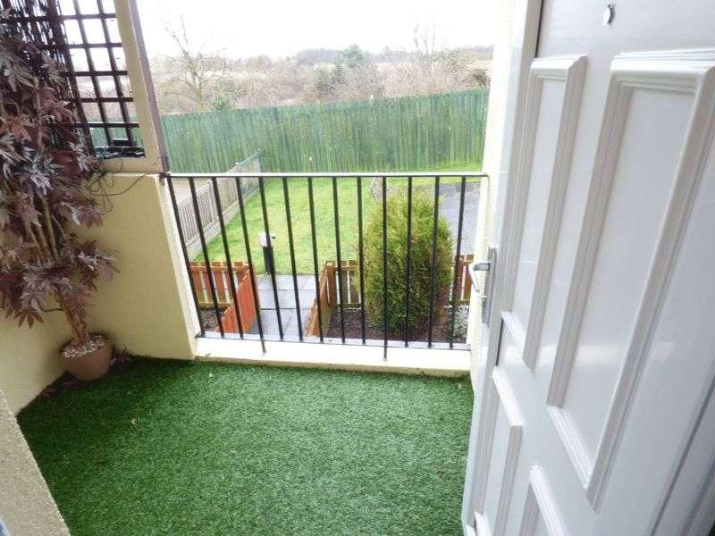2 Bedrooms Flat for sale in Aydon Houses, Sunderland