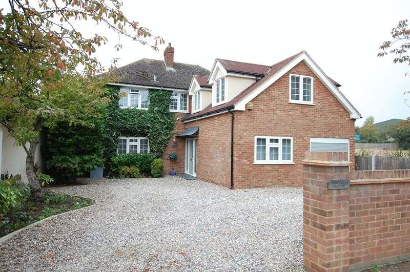 4 Bedrooms Detached House for sale in Orsett Village