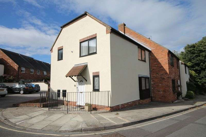 3 Bedrooms House for sale in Spring Gardens, Emsworth