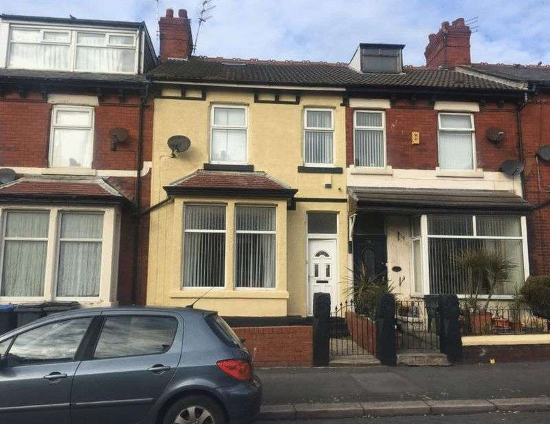 4 Bedrooms Terraced House for sale in Keswick Road, FY1 5PB