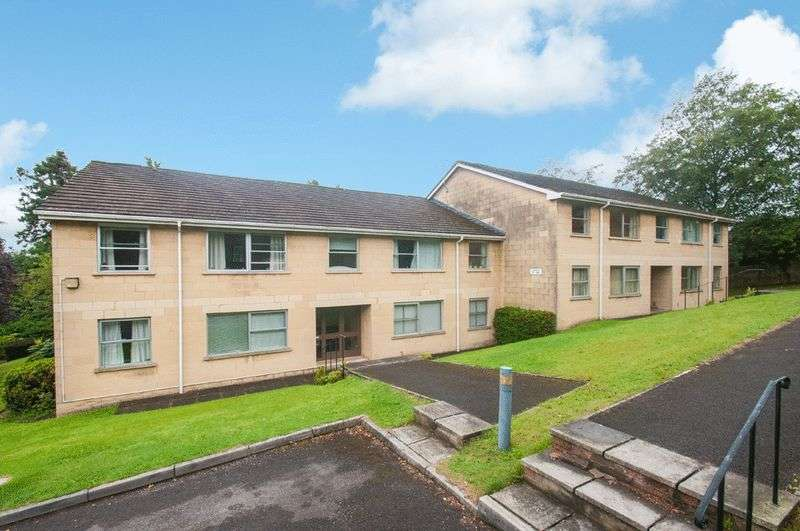 2 Bedrooms Flat for sale in Weston Park West, Bath