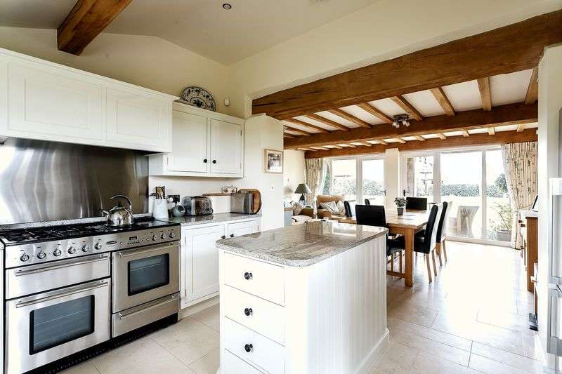 3 Bedrooms Property for sale in Alpraham Green, Nr Tarporley